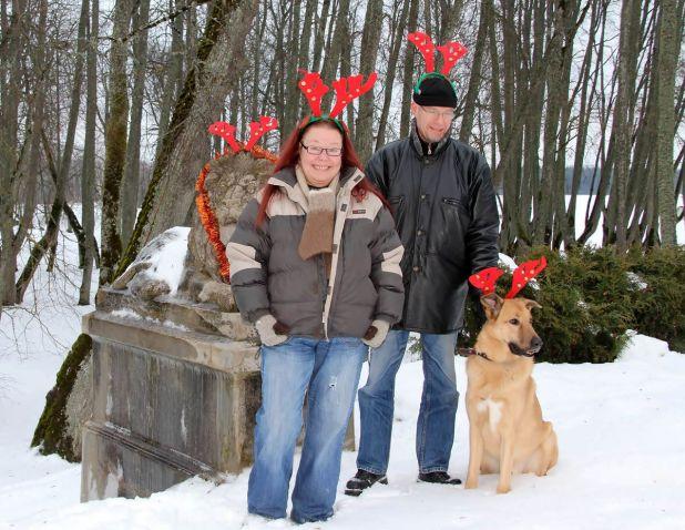 linkama-family-christmas-fun.jpg