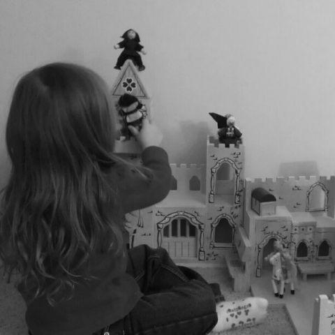 castle_audreynoto.jpg