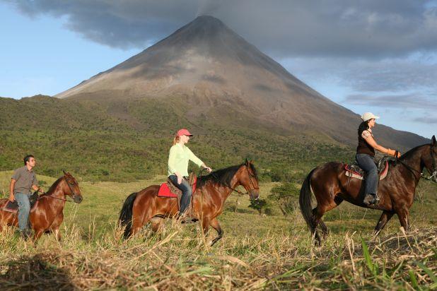 costaricavolcano.jpg