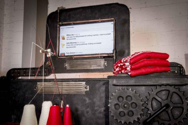 twitter-powered-knitting-machine-3.jpg