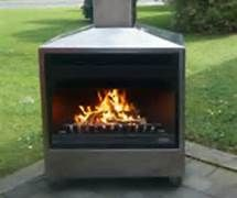 outdoorfireplace1.jpg