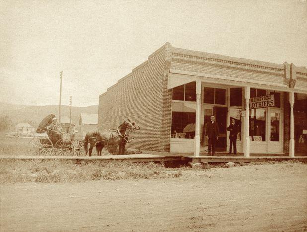 building-1906.jpg
