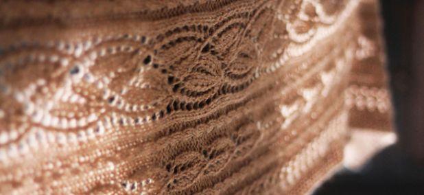 Effloresce shawl.jpg