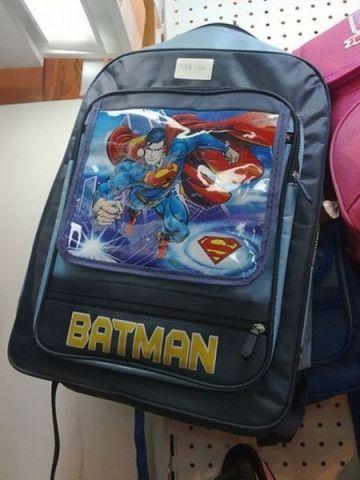 C'est spider-man pas batman.jpg