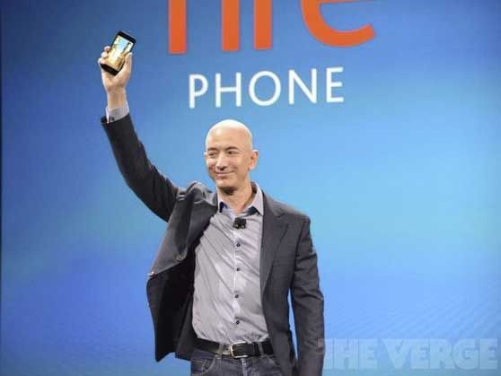 AMAZON_FIRE_PHONE_and_Bezos_THE_VERGE.jpg