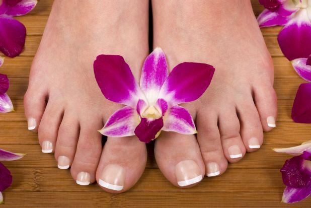 Painted toes 1.jpg
