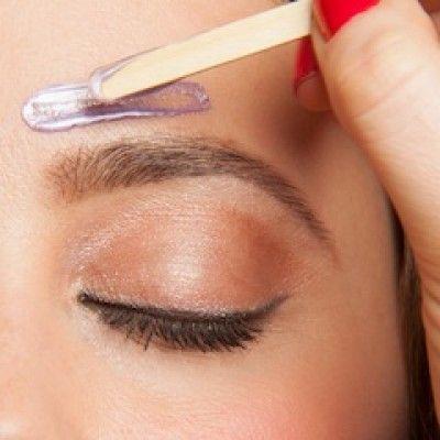 female eyebrow waxing.jpg