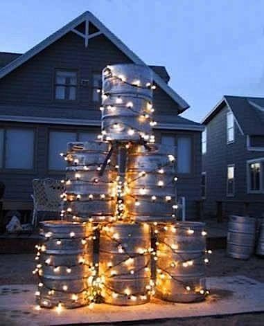 beer keg xmas tree.jpg