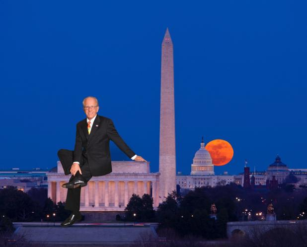 Charles Crawford Realtor Picture on Lincoln Memorial.jpeg