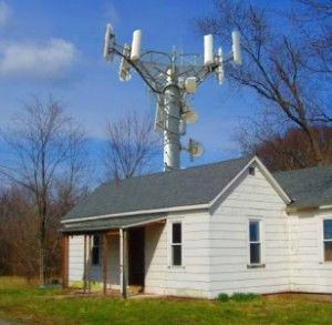 little-house-in-the-wirelessness-300x293.jpg