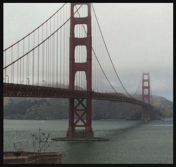 Foggy Golden Gate Bridge.jpg