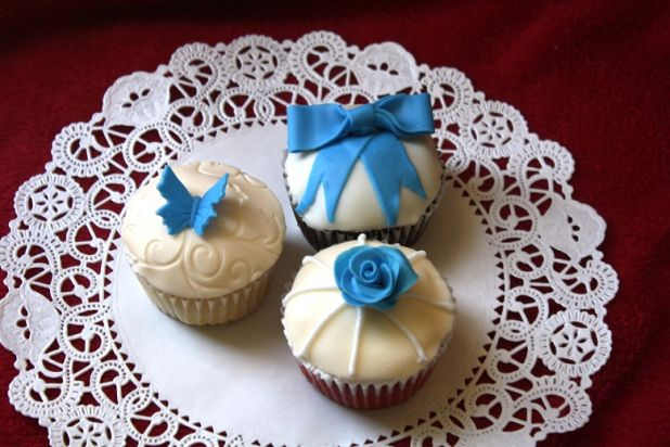 cupcake-novelties-angie-wedding-1.jpg