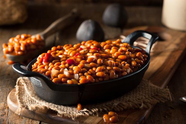 homemade-barbecue-baked-beans-P4RJ7LU.jpg
