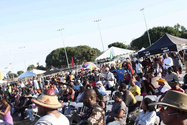 crowd last day 3 DPP_00000288.jpg