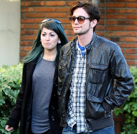 1328546907_jackson-rathbone-girlfriend-article.jpg