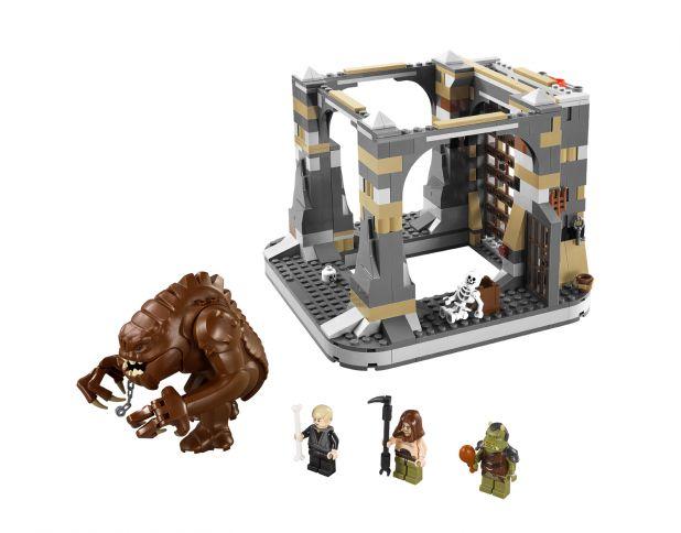 LEGO Rancor Pit.jpg