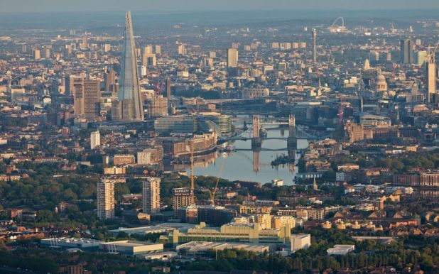 Aerial-photographs-of-London-at-dawn-4.jpeg