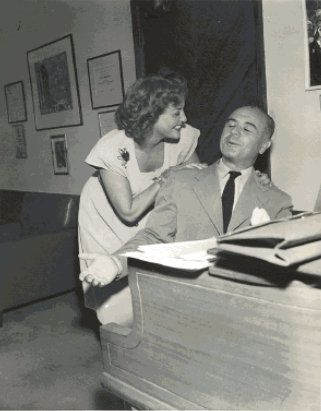 Jeanette MacDonald and Jose Iturbi.jpg