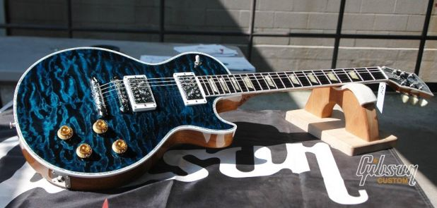 Les Paul Standard Quilt in Trans Blue.jpeg