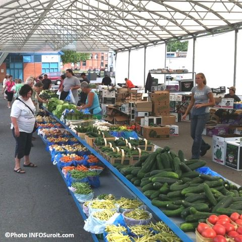 Marche-public-Valleyfield-2012-Legumes-Photo-INFOSuroit-com_.jpg