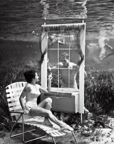 Underwater photograph by Bruce Mozert, who was born in Ohio (USA) on 1916.jpg
