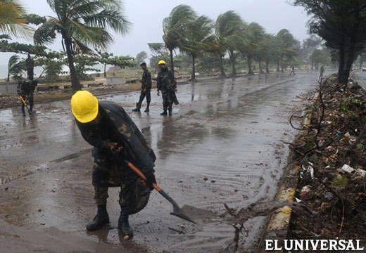 huracan-santodomingo.jpg.520.360.thumb.jpg