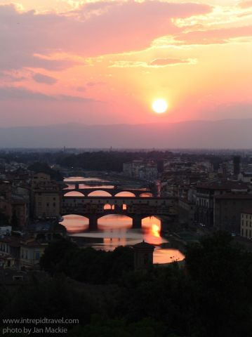 Intrepid-italy_florence_sunset-over-city-Jan Mackie.jpg