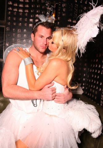 Paris-Hilton-and-Doug-Reinhardt-Halloween-Costume.jpg