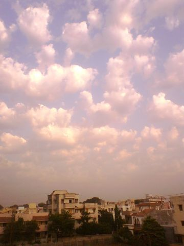 Sky 21st April 2011 Baroda.jpg
