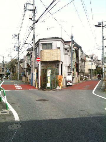 Photo on 2011-04-10 at 11:48.jpg