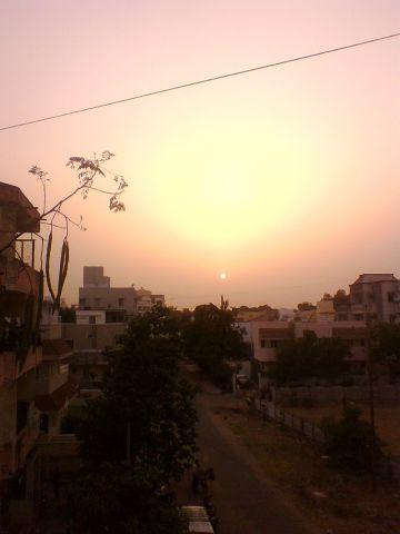 sunset  april 17 2011 @ 6.15pm Baroda.jpg