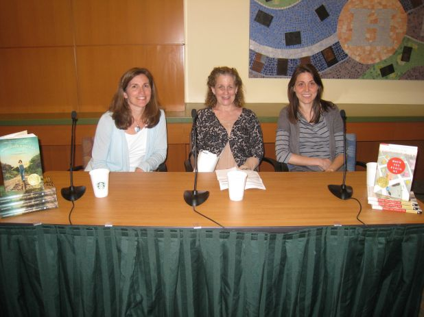 Newbery Perspectives Panel 2011.jpg