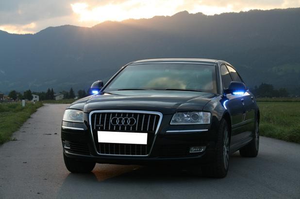 Italy Audi A8.jpg