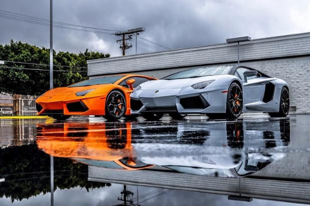 Mirrored Beauty for Two Lamborghini Aventador.jpg