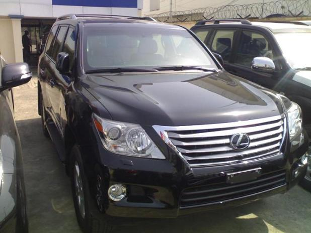 lexus lx570 Nigeria Front.jpg