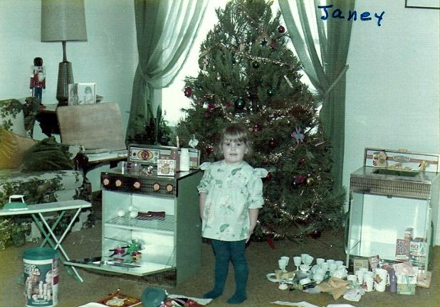 JANEY CHRISTMAS 74 - STOVE AND REFRIG.jpg