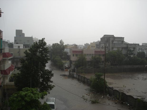 5th june 11 pre monsoon thunderstorm 013.jpg