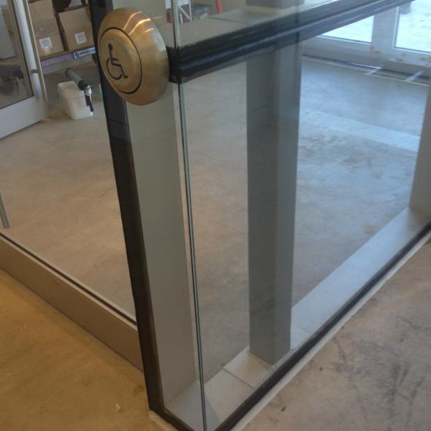 Dr. Robert & Andree Rheaume Fitzhenry Studio Aluminum Glass Vestibule Automatic Door Opener.JPG