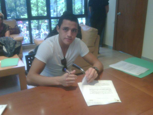 Alexis firma como azulgrana
