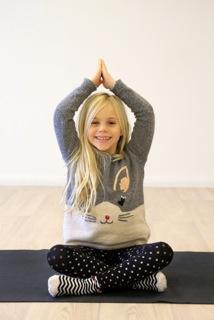 030 Kids Yoga ©GJ.jpeg