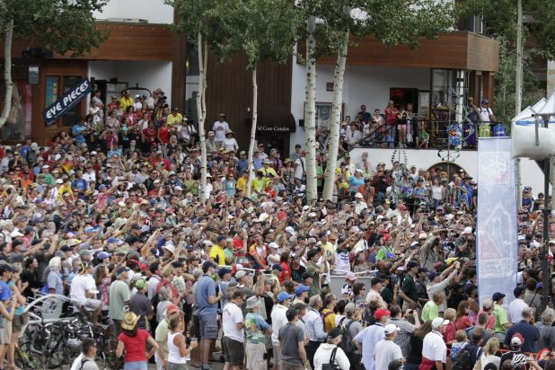 crowd photo.jpg