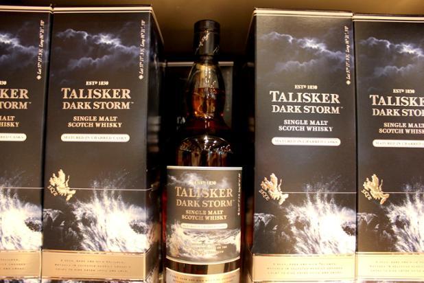 Talisker Dark Storm duty free copy.JPG