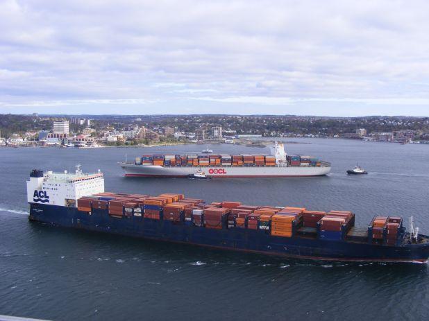 Busy day in port - October 31, 2011 003.jpg