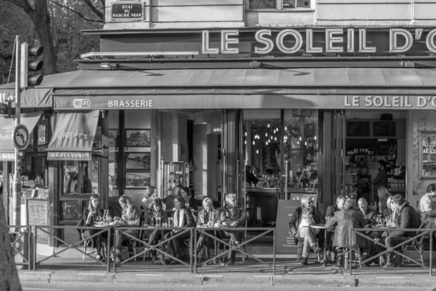 happy hour in paris-1.jpg