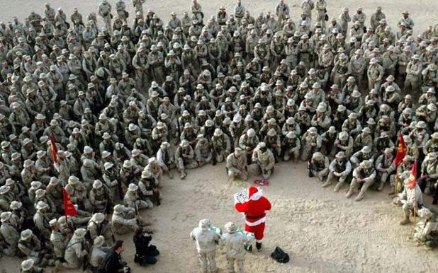 christmas-soldiers-army-military-airforce-marines-deployed-overseas-holidays-photos-pictures-8.jpg