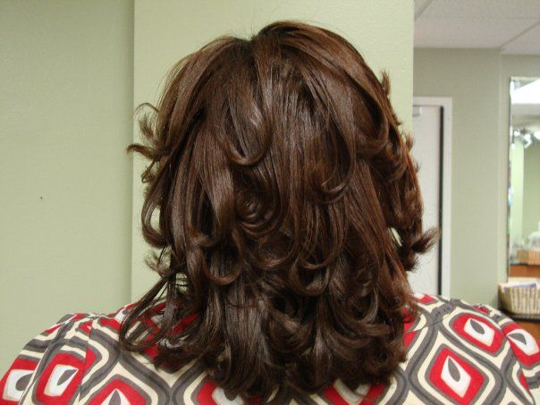 Essentials Beauty Spa Shoulder Length mid back view.jpg