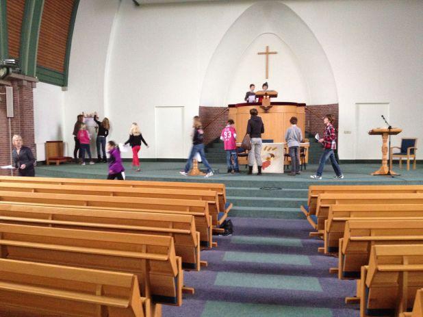 Kerkdeur open – Kinderen op bezoek