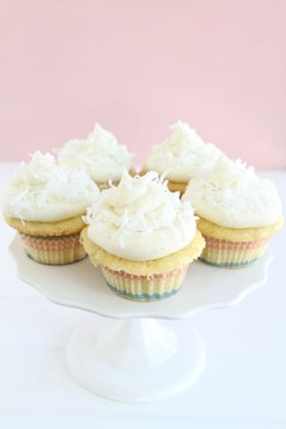coconut-lime-cupcakes2.jpg