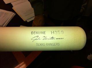 Josh Hamilton bat.jpg