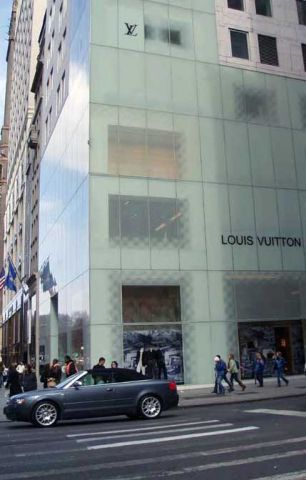 Louis Vuitton New York.jpg